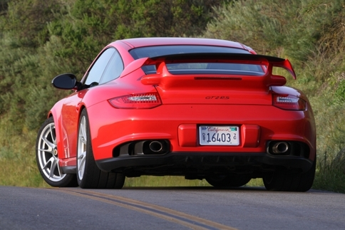 Video: GT2 RS vs. GT3 RS 11