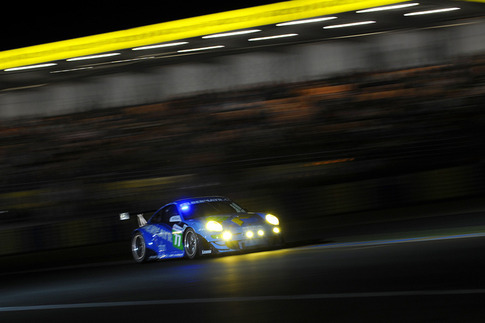2011 24 Heures du Mans - Thru the Lens 11
