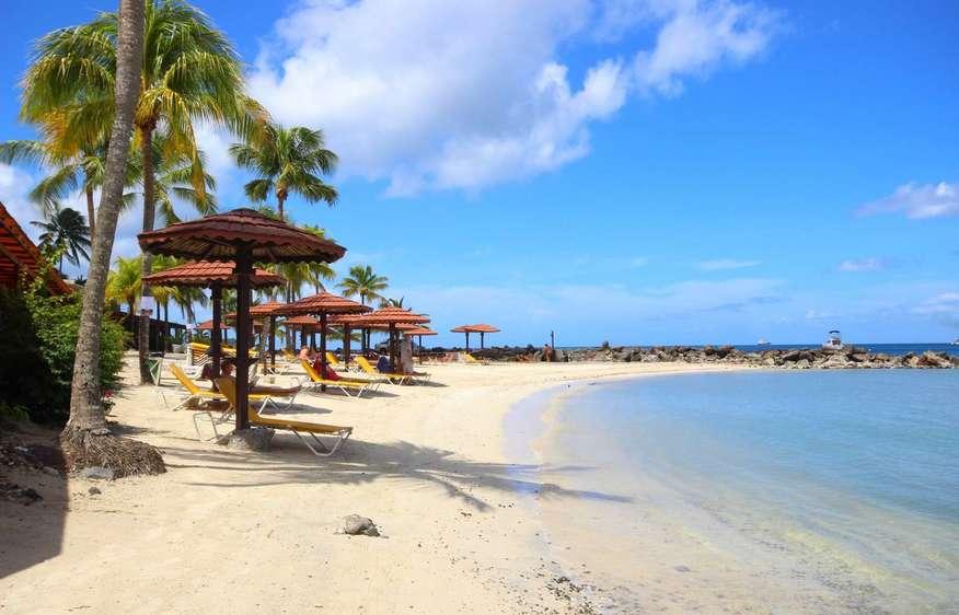 actvite Plage du Bakoua Martinique