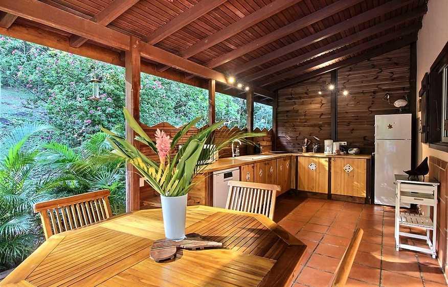location Villa Côté Jardin Deshaies Guadeloupe