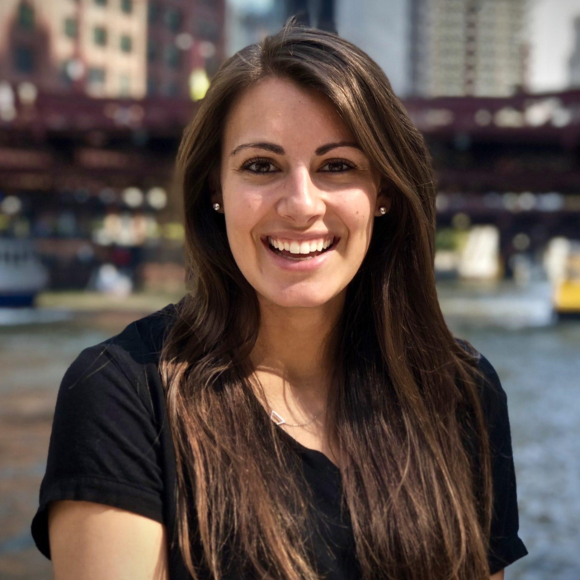Lindsey Kunz