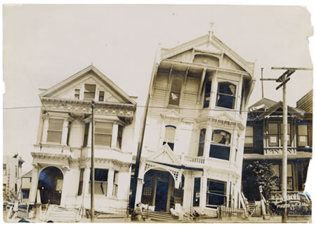 Houses destroyed in the 1906 San Francisco earthquake