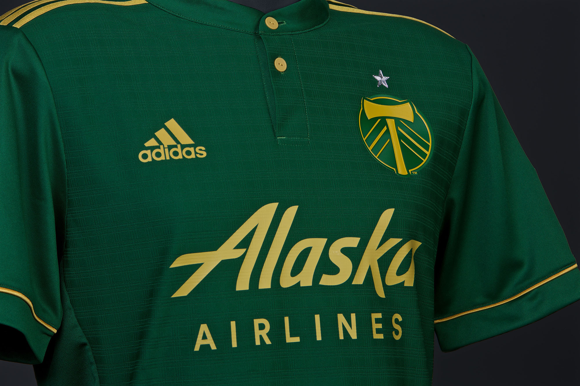 official photos c2320 a6647 Green & Gold | The 2017-18 Portland Timbers primary kit ...