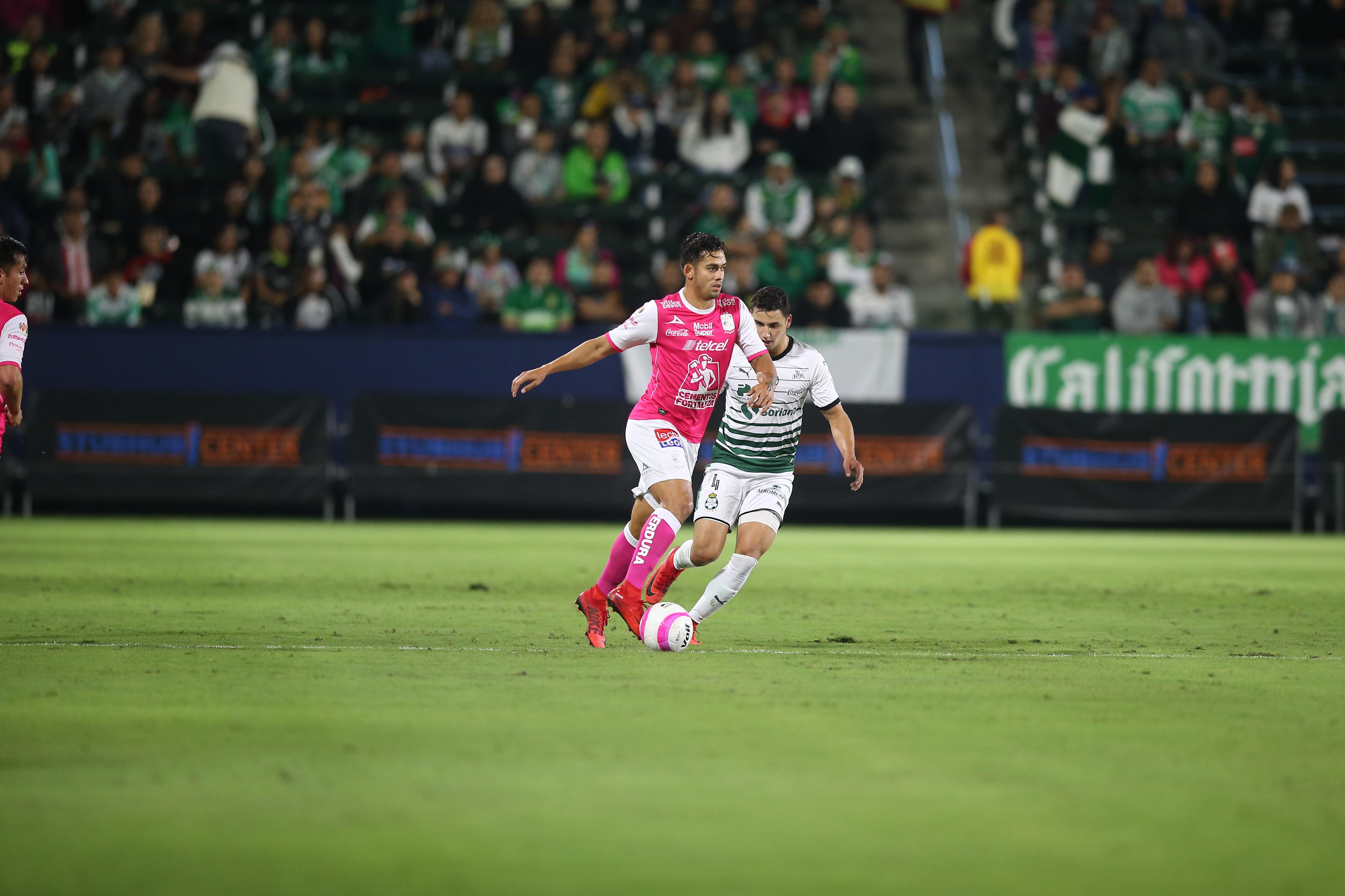Club Santos Laguna and Club León battle at StubHub Center
