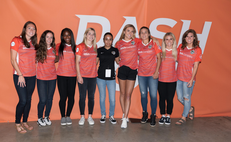 Photos: Dash Meet the Team Member event   Houston Dynamo
