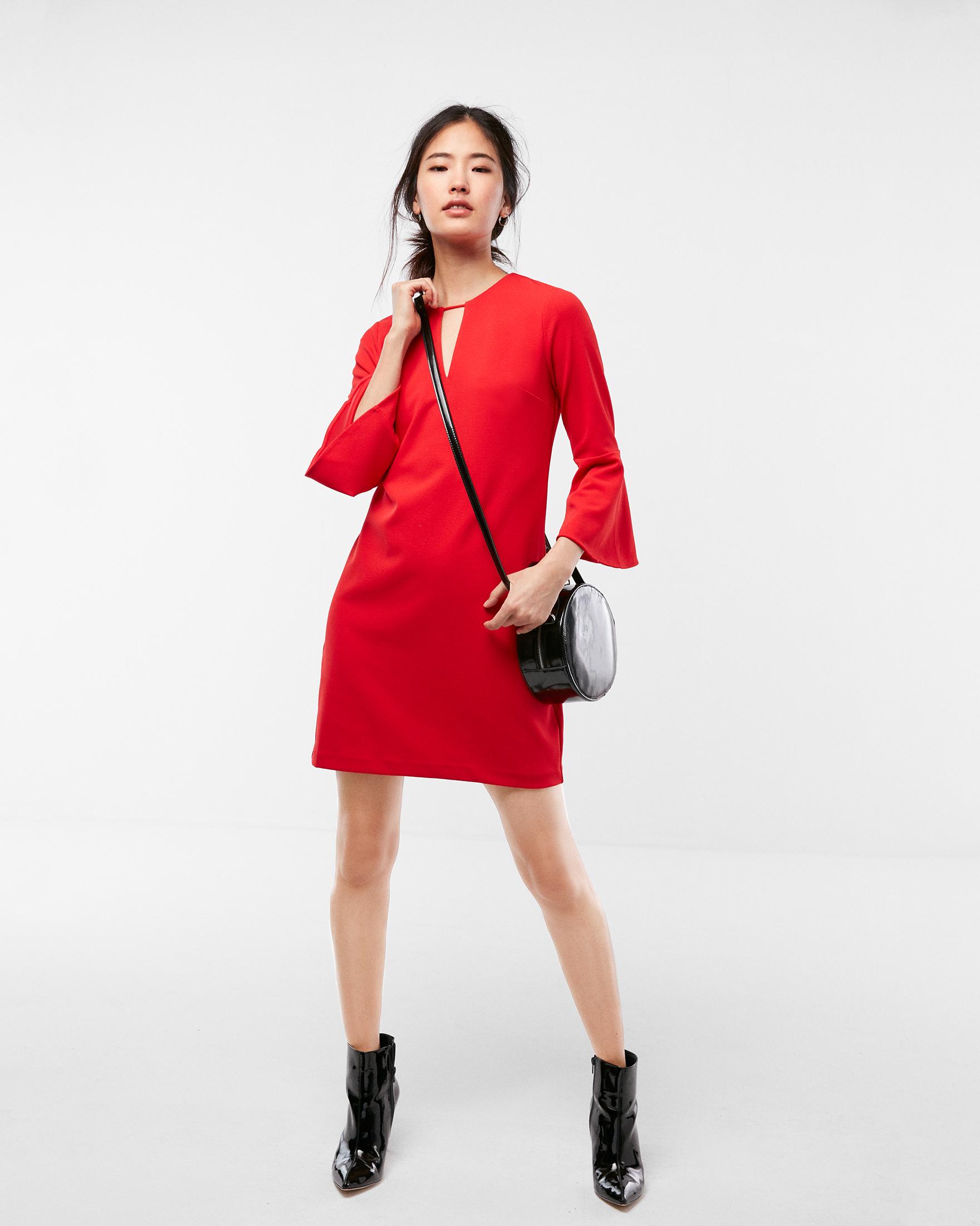 flounce-sleeve-keyhole-shift-dress