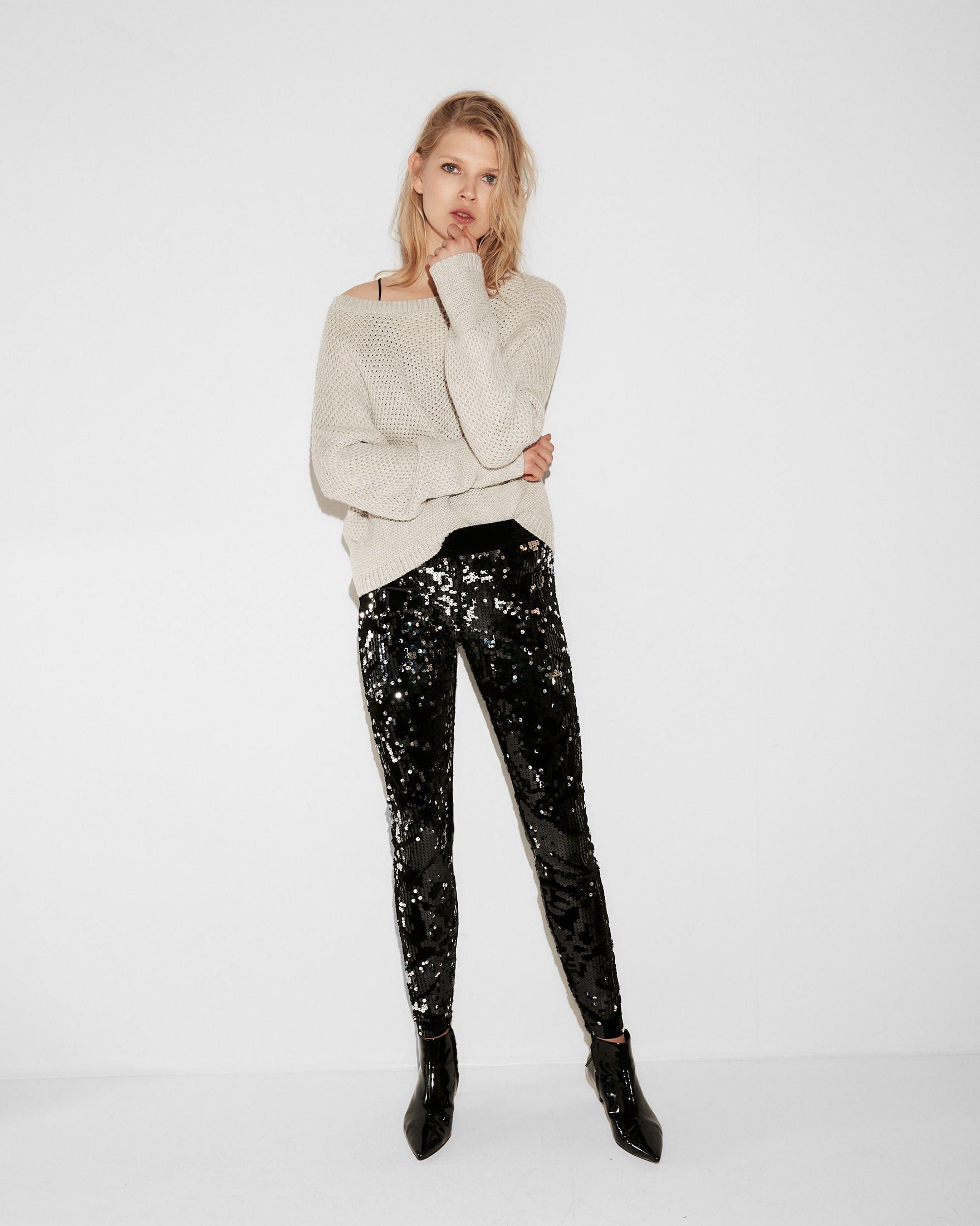 mid-rise-velvet-sequin-leggings