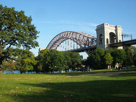 Astoria park hellgate bridge article