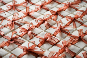 Holiday gift boxes in a pattern article