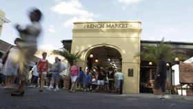 1398089442004 lg french market article