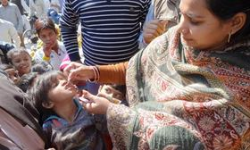 Mdg  unicef polio health  008 article