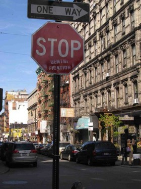 Stop gentrification 464x620 article