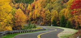Blue ridge parkway road autumn 631.jpg  800x600 q85 crop article