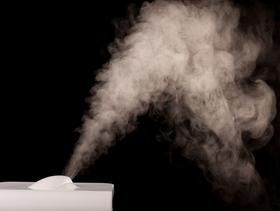 1013976 3 ways humidifiers make winter bearable article