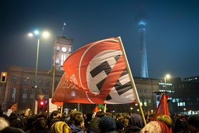 Anti pegida rallies 02a article