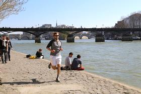Jogging in paris hip paris blog photo by casey hatfield 9 article
