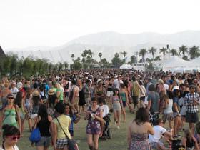 Festival fashion 300x225 article