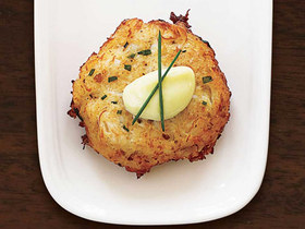 547ec70b8b2b5   little crab cakes large new article