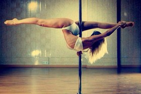 Pole dancing article