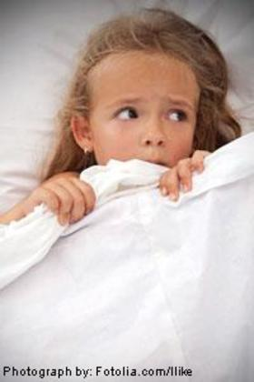 Girl scared in bed 200x300 article