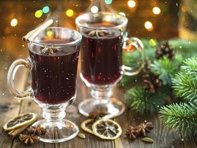 635531307427803536 mulled wine credit yelenayemchuk article