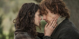 Landscape 1428350179 outlander claire randall caitriona balfe and jamie fraser sam heughan article