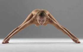 Naked yoga 1 article
