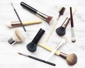 Diy natural makeup brush cleaner article