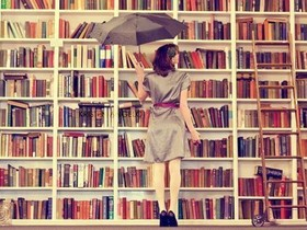 Girl in library 500x375c article