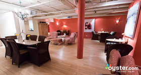 Spa lounge  v6696279 w650 article
