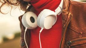 Headphones podcast creativity article