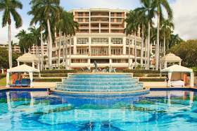7 resorts for the perfect babymoon grand wailea article