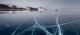 Ice skating lake baikal 725x320 article