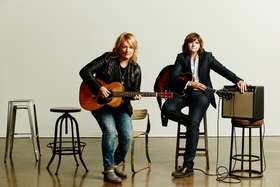 Indigo girls 351 retouched highres article