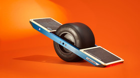 Ap hoverboard 1 f 16x9 932x524 article