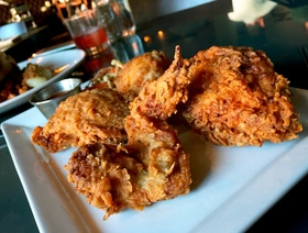 Little barrel and brown fried chicken austin 092117 article