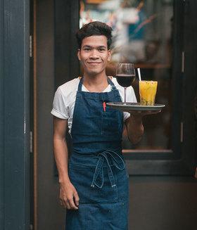 0315gt news phnom penh bars article