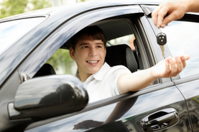 Savings tips to reduce car insurance costs for you article