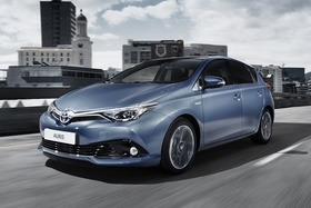 Toyota auris facelift 2016 2 article