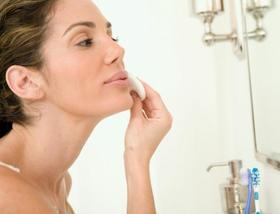 3 ways to work exfoliation into your routine 3 size 3 article