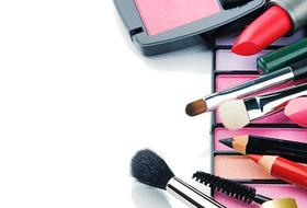 4 tricks to organizing your beauty products 1 size 3 article