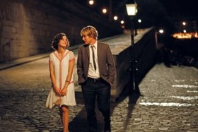 Midnightinparis stills 001 300x200 article