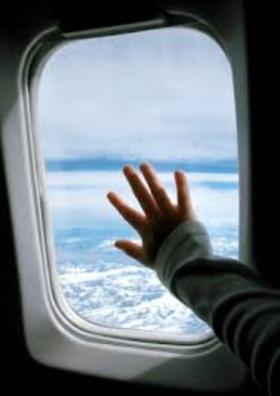 Kid on plane article