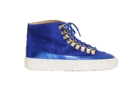 Bts sneakers09 article