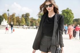Capsule wardrobe 800x533 article