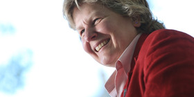 O sandi toksvig facebook article