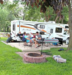 Our large campsite at omaha koa had a huge patio with plenty of seating. article