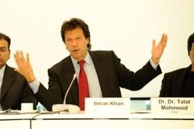 Konferenz pakistan und der westen   imran khan 300x199 article