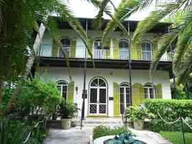 Hemingway house and museum 2 article