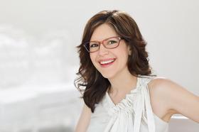 Lisa loeb beauty routine article